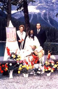 Eileen and Hubert with Maharishi