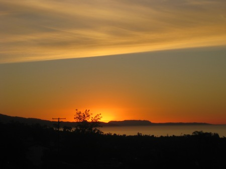 Dawn in Santa Barbara inspires haiku
